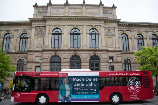 roter-Bus_web